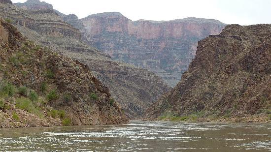 Hualapai River Runners: Colorado River Rafting