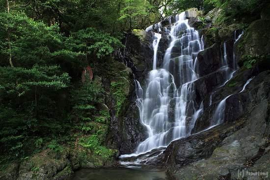 Itoshima, Japón: 白糸の滝
