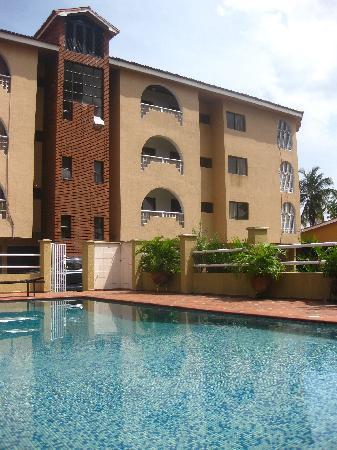 Amara Suites: Amara's Glover Rd Complex