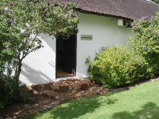 Bushmans Kloof Wilderness Reserve & Wellness Retreat: Lovely from the outside, thats where it ends!