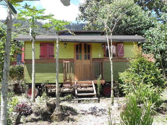 Hosteria La Roulotte: Cabana