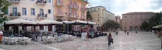 Nafplio, Greece: Syntagma Square