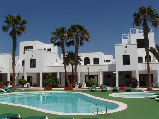 Apartamentos sol lanzarote costa teguise hotel reviews photos price comparison tripadvisor - Tripadvisor apartamentos ...