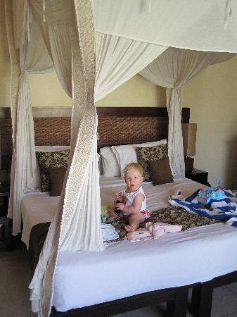 Sekar Taman I Villas: Master Bedroom