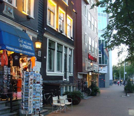 MEININGER Hotel Amsterdam – central, affordable, modern