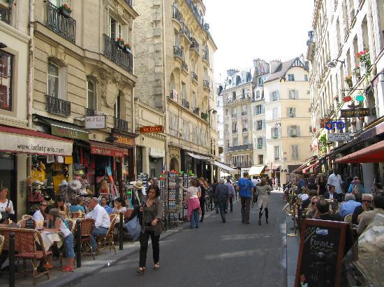 Vins et Terroirs: View to the Street