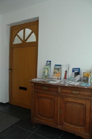 Guesthouse Odinn: Entrance hall