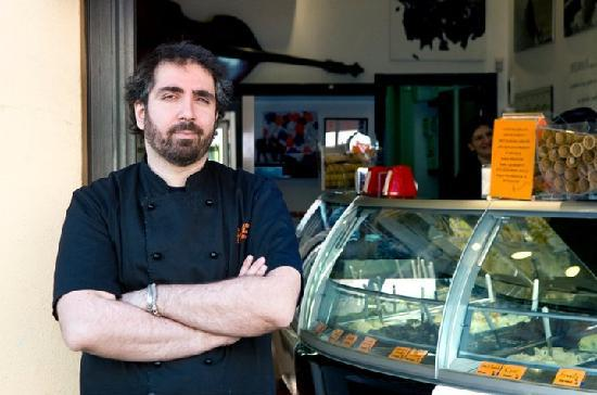 La Gelateria della Musica: Owner and chef, speaks great English and happy to help