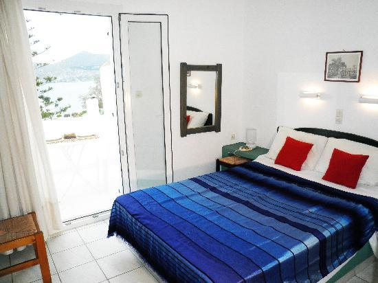Alea Apartments: Double room with sea view