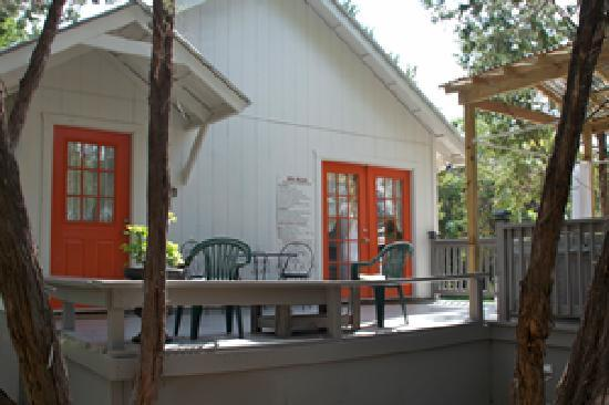Cypress Creek Cottages: 12 Cottages and Cabins to Choose From