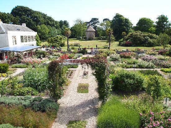 Jersey, UK: Samares Garden