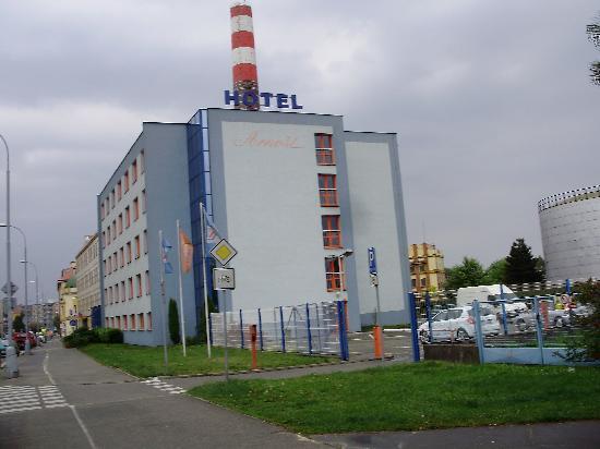 Hotel Arnost Garni: Hotel Arnost