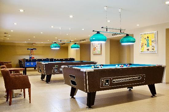 Apollonion Resort & Spa Hotel: Apollonion, Billiards room