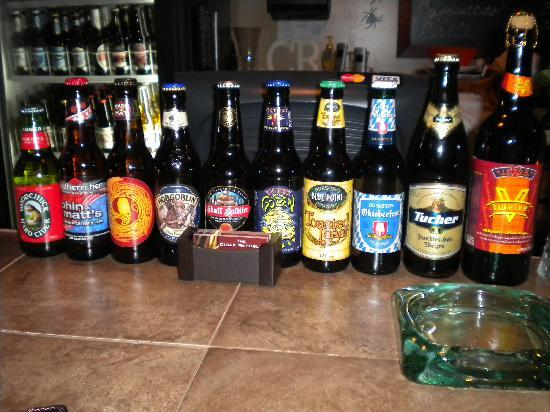 The Cigar Republic: Wide selection of beer