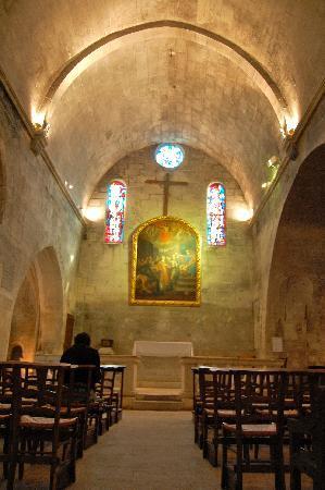 Chateau des Baux de Provence: interior of st. vincent's church