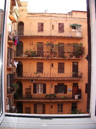 vue sur cour intérieure - Picture of Igea Hotel, Rome - TripAdvisor