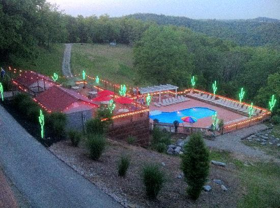 Proctor, Virginia Occidental: An evening shot of the pool