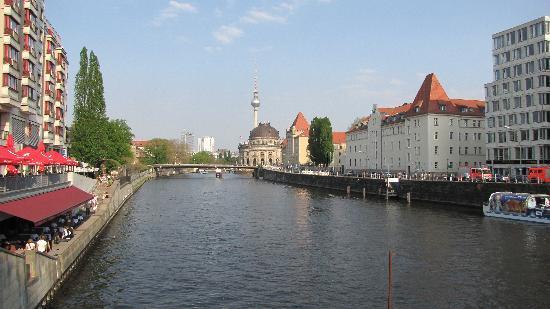 Берлин, Германия: Spree & Bodemuseum