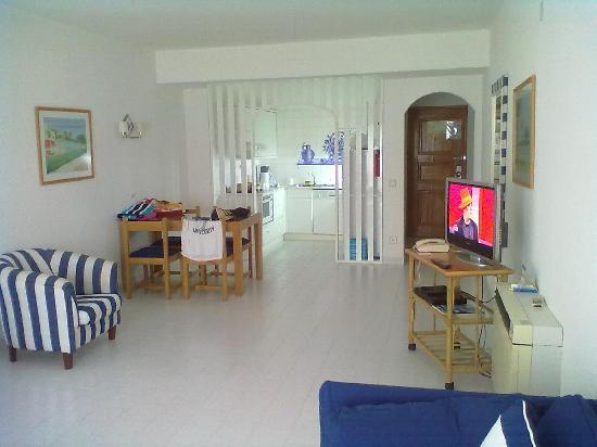 Grand Muthu Oura View Beach Club: Room