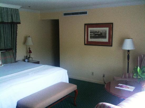 Stanford Park Hotel: My room