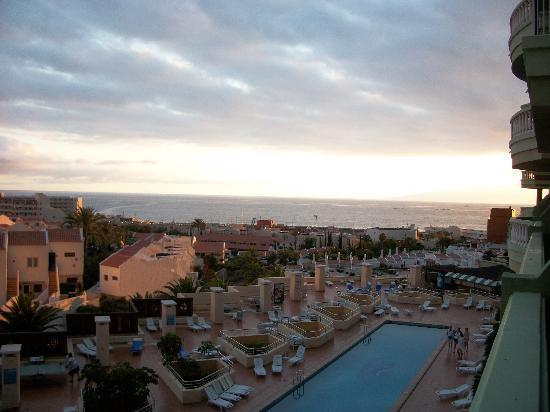 Hotel Villa de Adeje Beach : the pool