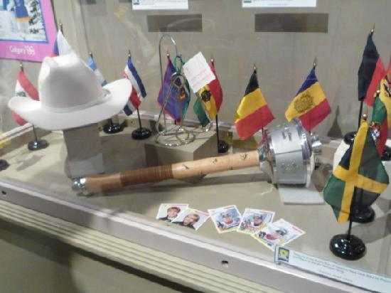 Canmore Museum & Geoscience Centre : Winter Olympic Games pieces