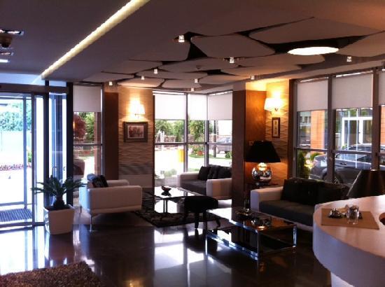 Hotel Nartel : empfang