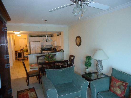 Crystal Towers : Two bedroom condo 1504
