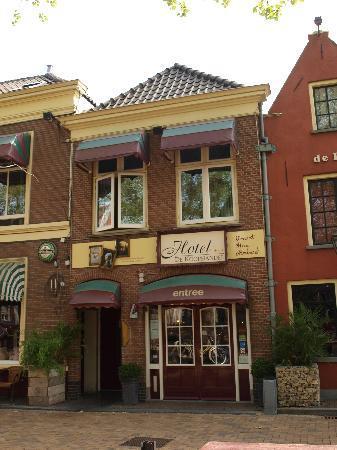 Hotel De Koophandel: Hotel entrance