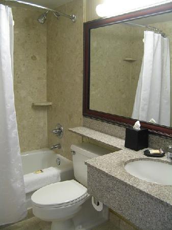 Sheraton Pasadena - Bath/Shower