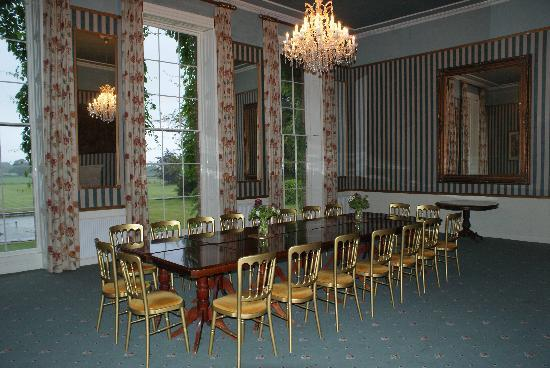 Shapwick, UK: dining room