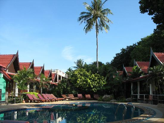 Suneast Bungalows: Hotel Pool