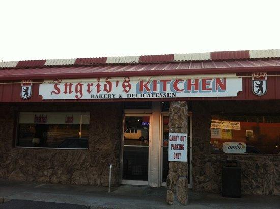 Ingrid's Kitchen: main entrance to Ingrid's