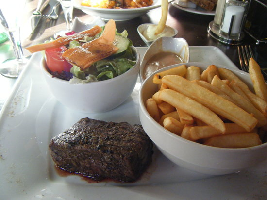 Publico: Steak and fries