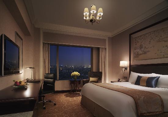 Shangri-La Hotel, Wuhan: Delxue Room
