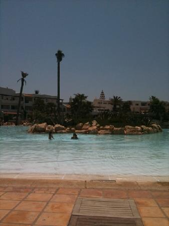 ClubHotel Riu Tikida Dunas : piscine de 1 m de profondeur