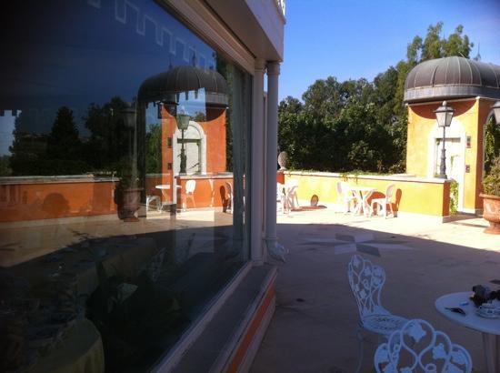 Villa Paradiso dell'Etna: terrazza con vista sull'etna