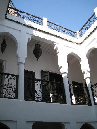 Riad Baba Ali: riad