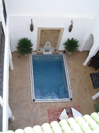Riad Baba Ali: piscine