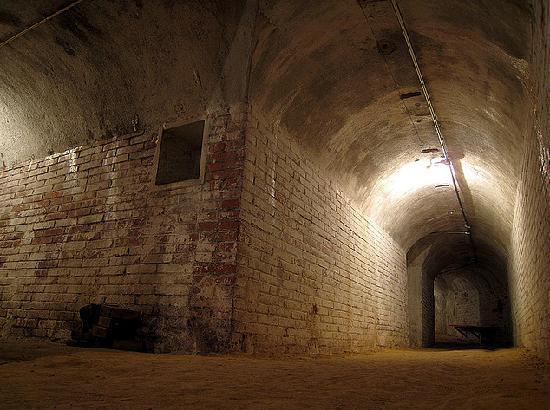 Itinera Plus: Air shelter, The Civil War tour