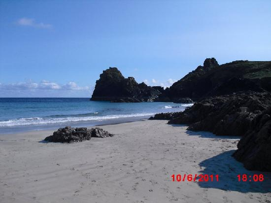 Parkdean - Sea Acres Holiday Park: Kynance Cove near Lizard point - a must See