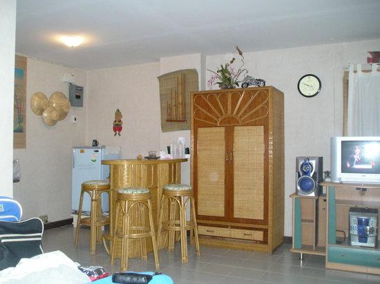 Saengthong Condominium : The corner for breakfast