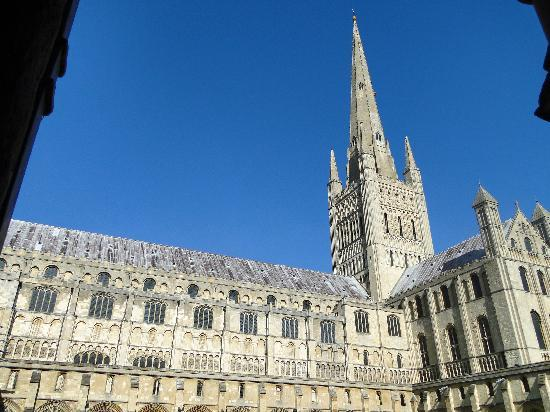Norwich Cathedral: Towering spire