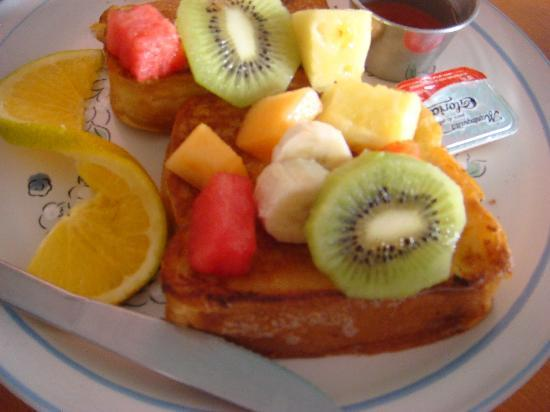 Fluffy French Toast - Foto di Bistro Francais, Isla Mujeres ...