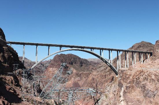 Hoover Dam: The Bridge