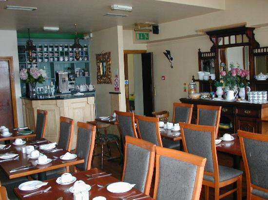 Ferryman Hotel: Another view of Breakfast Room