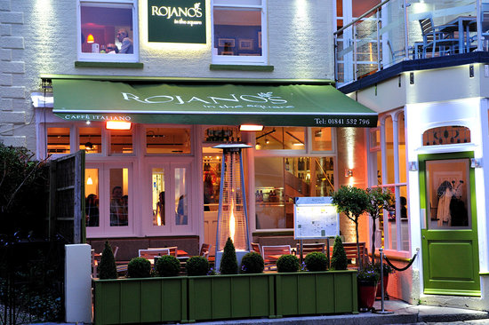 Rojano's In The Square: Rojanos is in the heart of Padstow