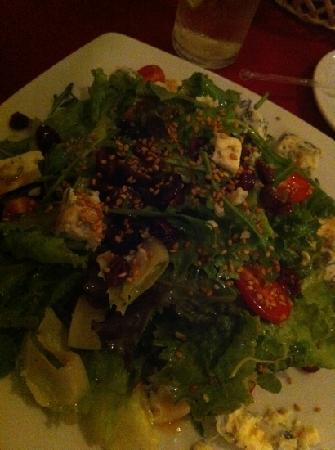Peter's Restaurante: Claudia salad
