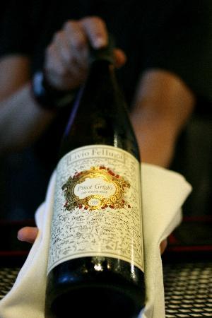 La Tavola : Adventurous Wine List