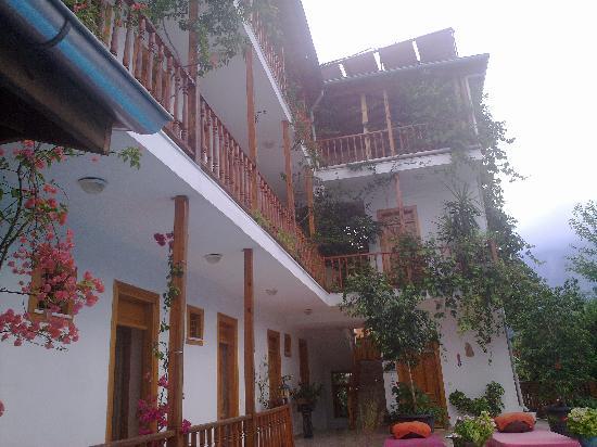 Hotel Beydagi Konak: Evimiz..